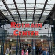 Im Bayreuther Rotmain-Center wird ein Corona-Schnelltest-Zentrum errichtet. Archivfoto: Katharina Adler
