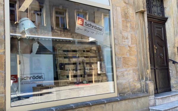 In Bayreuth gibt es jetzt einen Pop-Up-Friseursalon. Foto: Privat