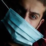 Corona in Oberfranken: Es hat wieder neue Infektionen gegeben. Die Inzidenzen steigen weiter. Symbolfoto: Amin Moshrefi/Unsplash