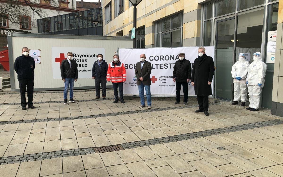Am Mittwoch (3.3.2021) hat Bayreuths Oberbürgermeister Thomas Ebersberger zwei Corona-Schnelltestzentren eröffnet. Foto: Raphael Weiß
