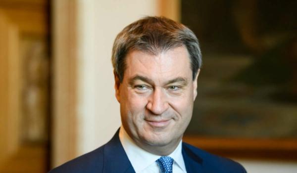 Bayerns Ministerpräsident Markus Söder besucht die Premiere der Bayreuther Festspiele am 25. Juli 2021. Symbolfoto: Bayerische Staatskanzlei
