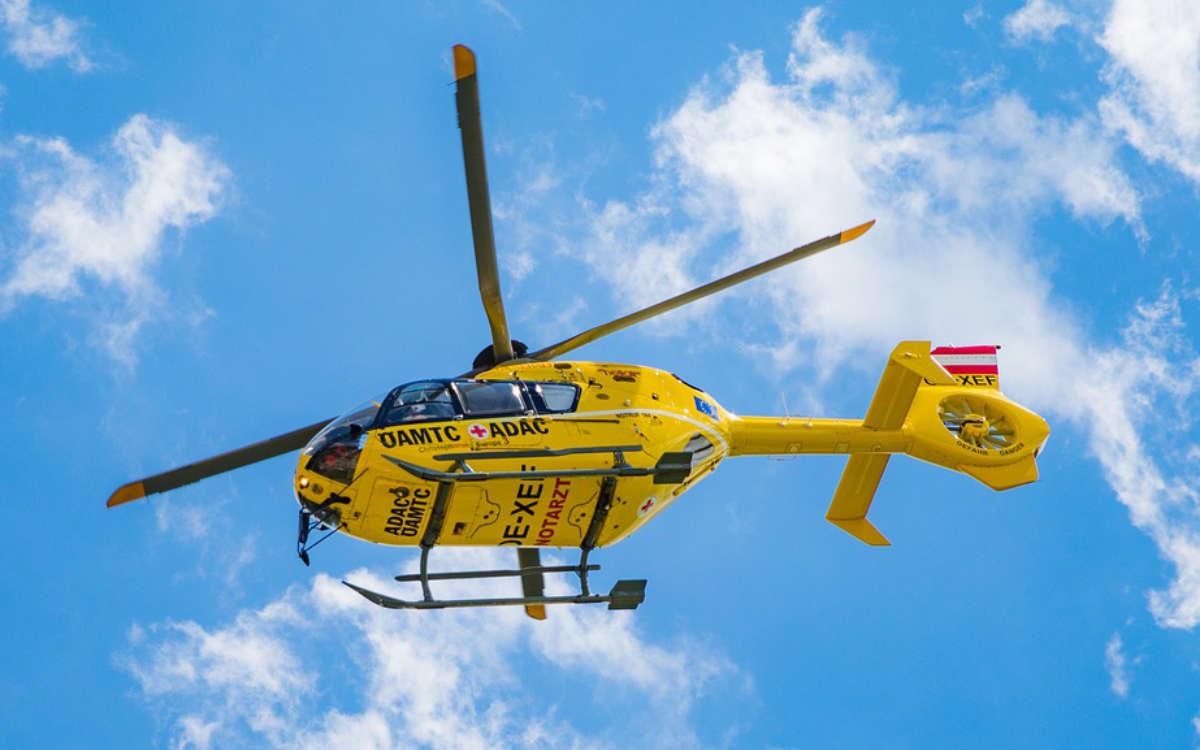 Unfall in Gefrees im Landkreis Bayreuth. Ein Rettungshubschrauber ist unterwegs. Symbolfoto: Pixabay