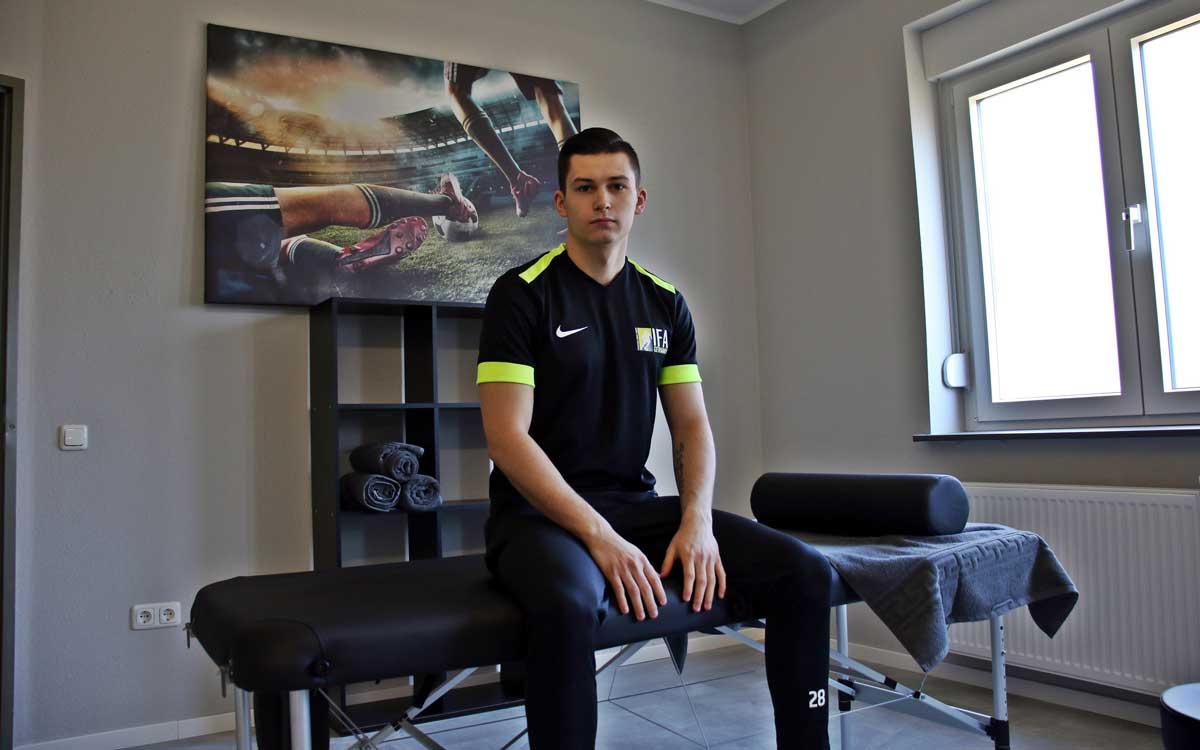 In Franken entsteht eine Internationale Fußball Academy. Mit Chris-Stephan Dierke ist auch bereits das erste Talent bekannt. Foto: Michael Horling