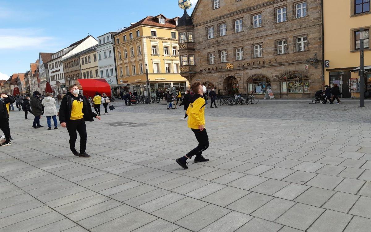 SpVgg und BBC Bayreuth setzen ein Zeichen für Jugendliche in der Corona-Krise. Foto: Redaktion