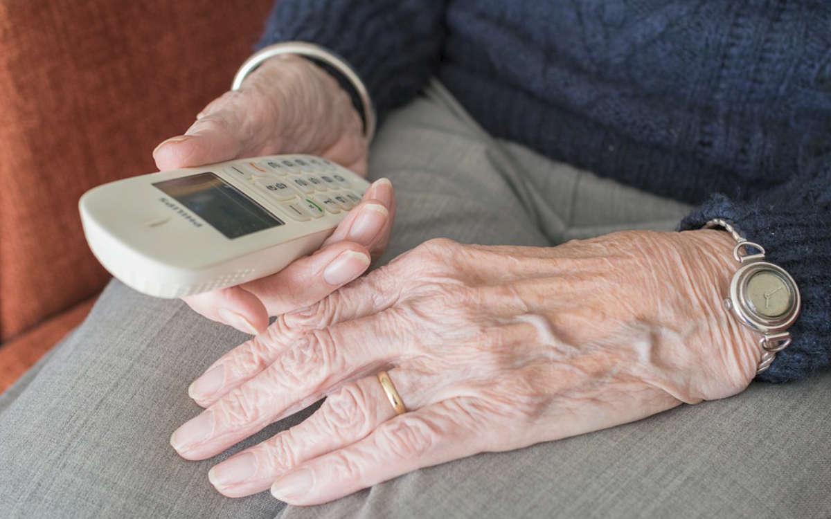 In Creußen fiel eine 83-jährige Frau Geldbetrügerin zum Opfer. Symbolfoto: Pixabay