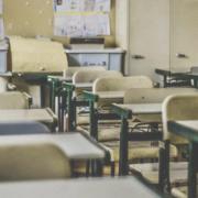Schulen und Kitas im Landkreis Bayreuth bleiben zu. Symbolfoto: Feliphe Schiarolli/Unsplash