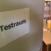 Ab Mittwoch(24.3.2021) gibt es gleich zwei neue Corona-Schnellteststationen im Landkreis Bayreuth. Dahinter steckt eine tatkräftige Apothekerin, die vor einem möglichen finanziellen Risiko nicht zurückgeschreckt ist. Foto: Raphael Weiß