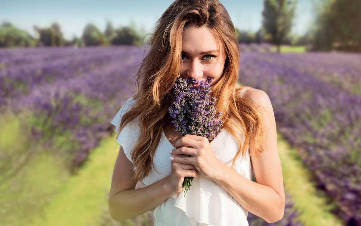 Ihr neuer Duft kann viel über Sie verraten. Foto: Drobot Dean/stock.adobe.com/Mäurer & Wirtz/akz-o