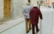 Treppenlift - warum er gut ist und was problematisch ist. Foto: Unsplash.com/WJ Photo