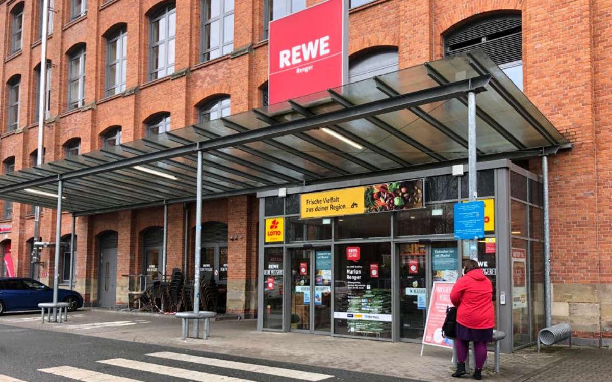 Corona-Ausbruch in einem Rewe in Bayreuth. Foto: Jürgen Lenkeit