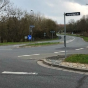 Der Kreuzungsbereich Dr.-Konrad-Pöhner-Straße und Universitätsstraße in Bayreuth soll neu gestaltet werden. Foto: Jürgen Lenkeit