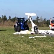 Nach dem Flugzeugabsturz in Kulmbach läuft die Bergung. Foto: Jürgen Lenkeit