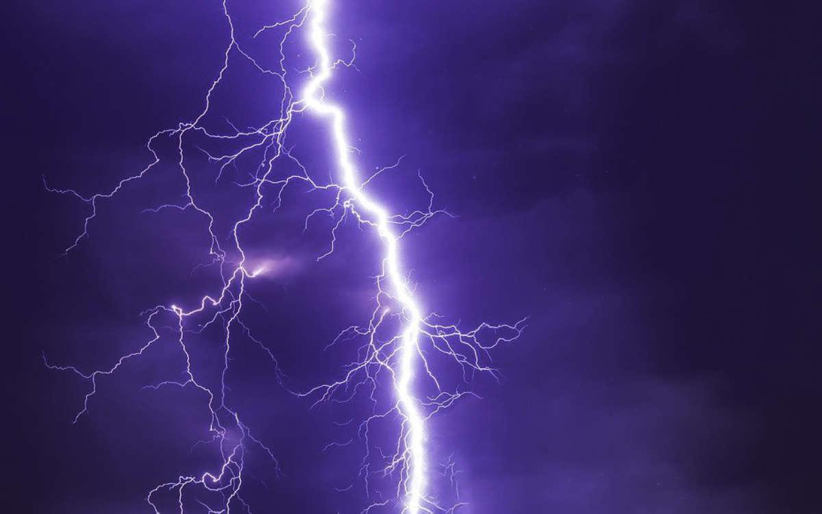 Warnung vor schwerem Gewitter in Bayreuth. Symbolfoto: Pixabay