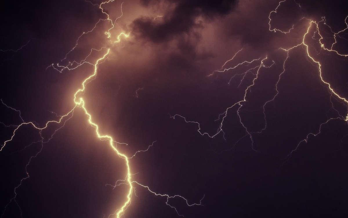 Am Wochenende warnt der DWD vor Unwettern mit Gewittern und Starkregen. Symbolfoto: Pixabay