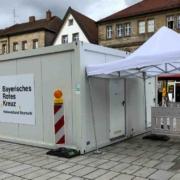 Das neue Schnelltest-Zentrum am Bayreuther Markt. Kein Andrang nur dann, wenn nicht geöffnet. Bild: Jürgen Lenkeit