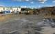 Hier wird das neue Feuerwehrhaus in Bindlach gebaut: Am Bachwiesenweg neben dem Nahversorgungszentrum. Bild: Jürgen Lenkeit