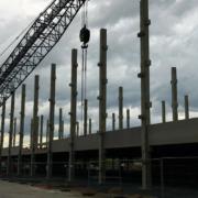 Amazon bekommt ein Parkhaus im Logistikpark. Geplant wurde es vom Logistikexperten und Nachbarn Wedlich. Bild: Jürgen Lenkeit