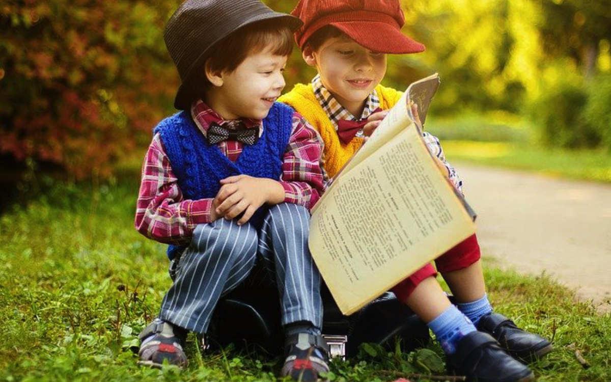 """""""Mein Buch für dich"""": Bayreuther Bürger können jetzt ihre ganz persönlichen Lieblingsbücher als Videoclip weiterempfehlen. Symbolbild: Pixabay"""