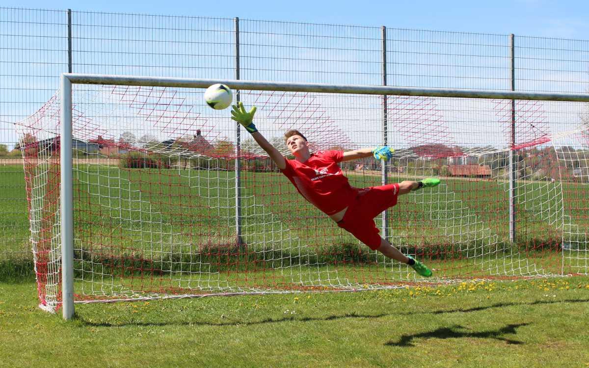 Es tut sich was im Fußballsport in der Region Bayreuth: Die Brave Torwartakademie will eine Trainerlücke schließen.. Foto: Brave Torwartakademie