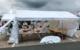 Sinnlose Zerstörung: Vandalen haben die Corona-Teststation auf dem Parkplatz des Media Markt mutwillig zerstört. Bild: Jürgen Lenkeit
