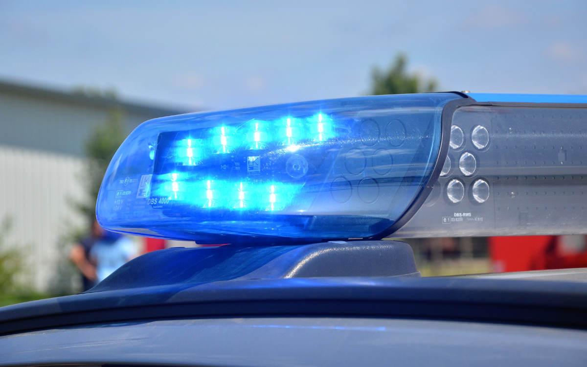 Ein 20-jähriger Motorradfahrer ist bei Bindlach in den Gegenverkehr geraten. Symbolbild: Pixabay