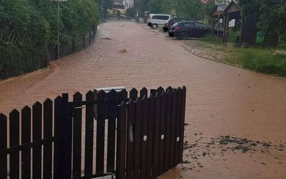 Nemmersdorf ist heute (7. Juni 2021) von einem heftigen Unwetter getroffen worden. Foto: privat