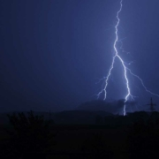 Warnung vor starkem Gewitter im Landkreis Bayreuth. Symbolfoto: Pixabay