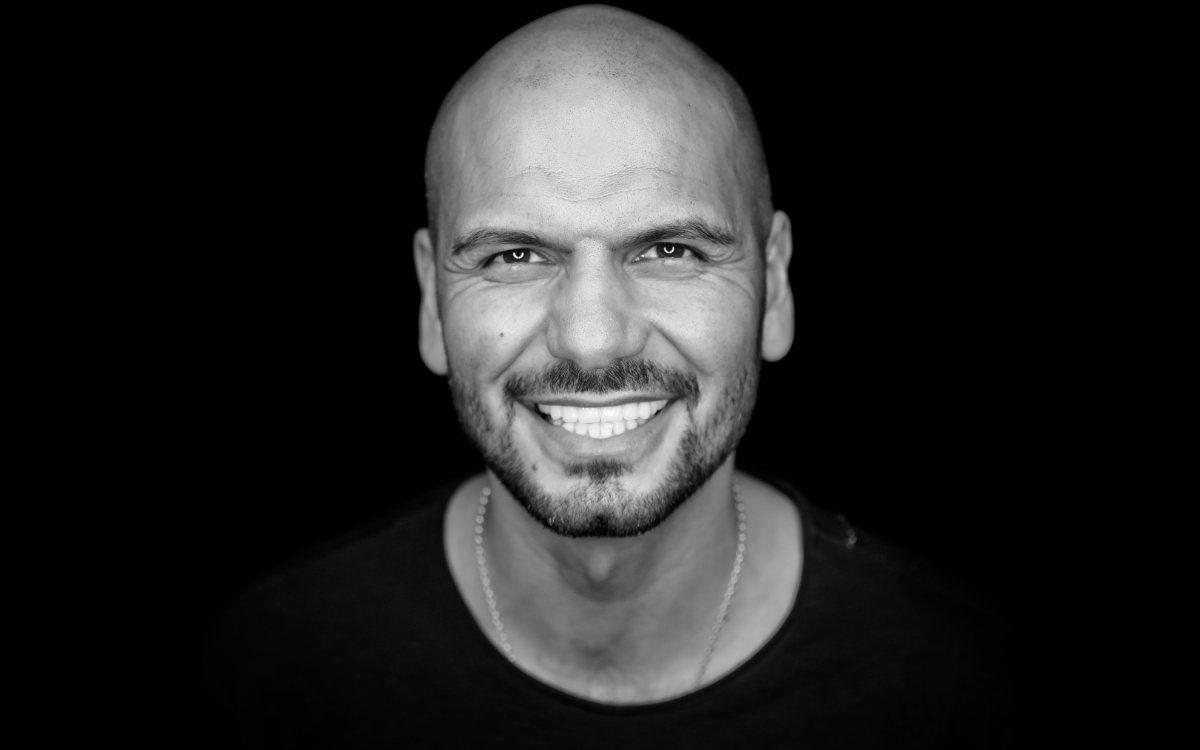 """Ahmad Kordbacheh, Geschäftsführer der Diskothek FABRIK in Bayreuth findet die Öffnungsstrategie """"unserer Branche gegenüber unfair"""""""