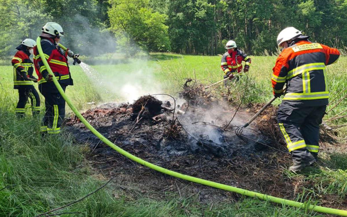 In Bindlach hat die Feuerwehr noch einen größeren Brand verhindert. Foto: Feuerwehr Bindlach