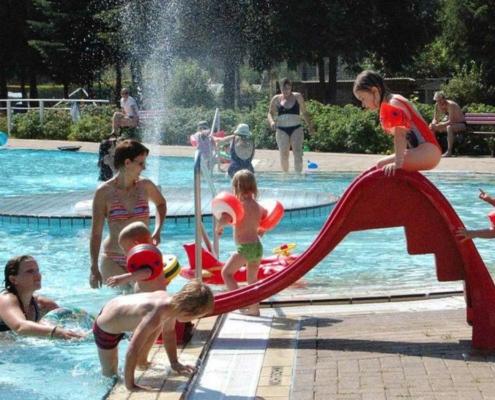 Schwimmbäder im Landkreis Bayreuth: So gut halten sich die Menschen an die Hygienekonzepte. Symbolfoto: Pixabay