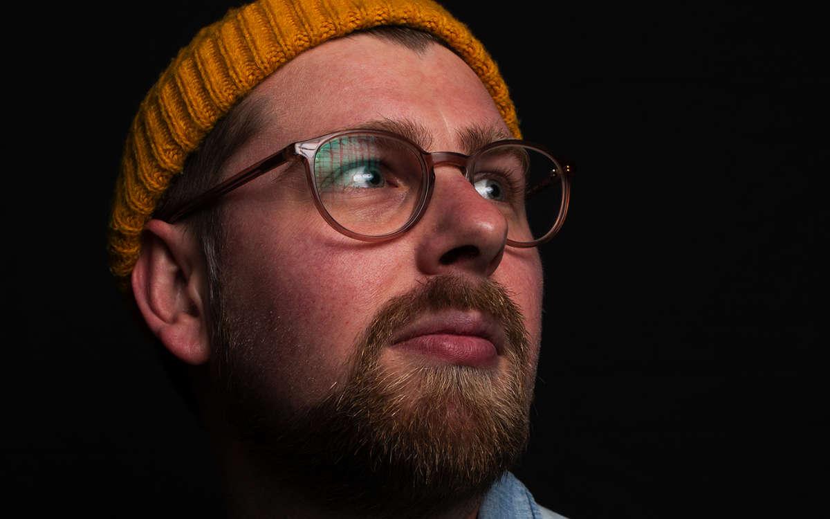 Lukas Graf aka. Symmetric ist Hip Hop Produzent. Jetzt hat er die