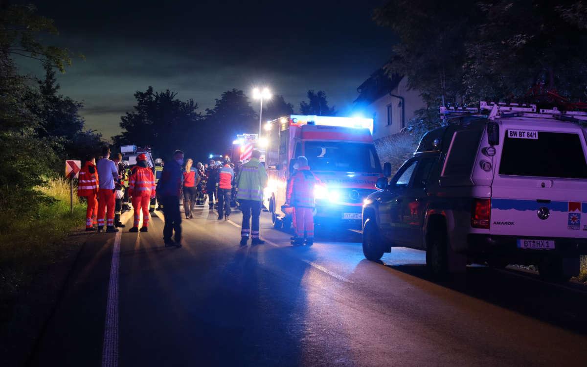 Großeinsatz in Bindlach nach einem rätselhaften Unfall. Foto: News5/Kettel