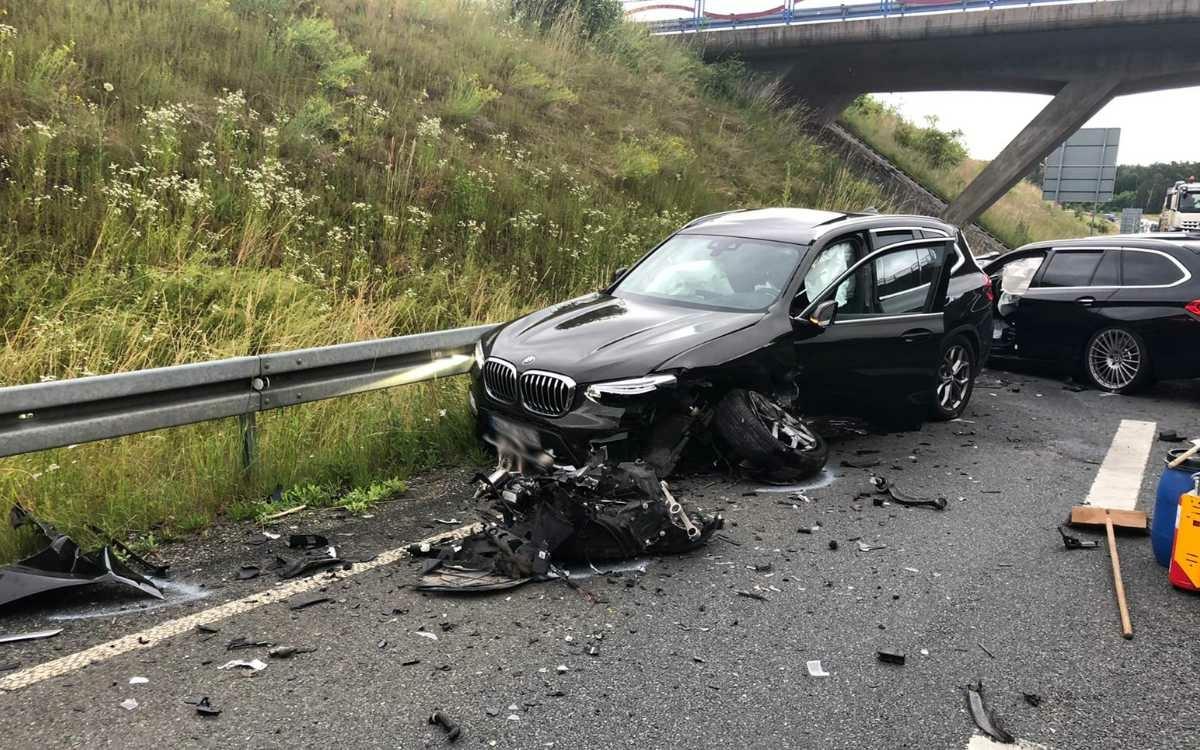Heftiger Unfall am Donnerstag (1.7.2021) auf der B22 bei Meyernreuth. Foto: privat