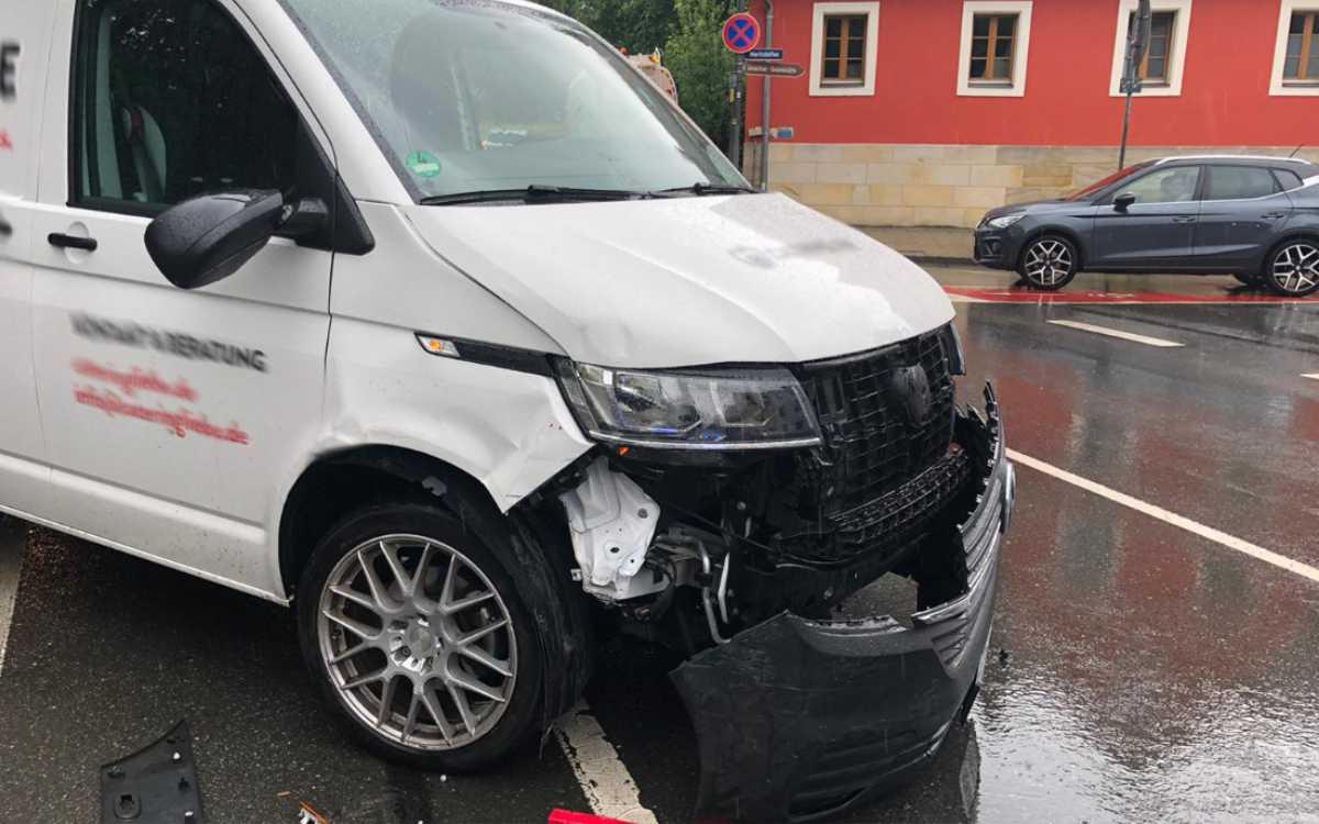Unfall am Wittelsbacherring in Bayreuth. Foto: Privat