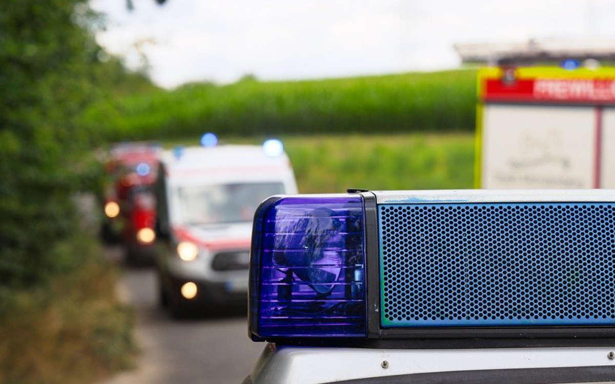 Schwerer Unfall bei Speichersdorf im Kreis Bayreuth. Ein Motorradfahrer ist schwerst verletzt. Symbolbild: Pixabay