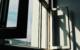 Ein 2-jähriger Junge ist in Bamberg aus einem Fenster mehrere Meter in die Tiefe gestürzt. Symbolbild: Unsplash/Harry cao