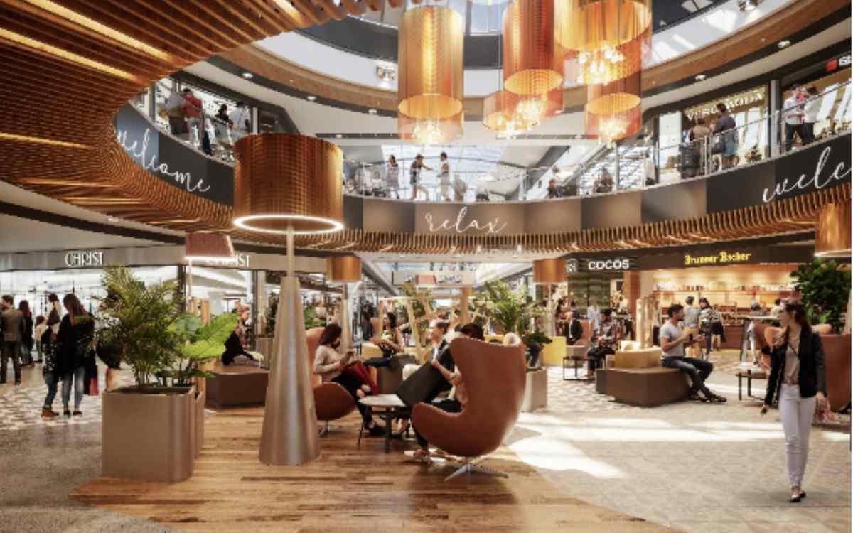 Loungemöbel statt Brunnen - So soll das Rotmain-Center nach der Renovierung aussehen. Bild: Rotmain-Center