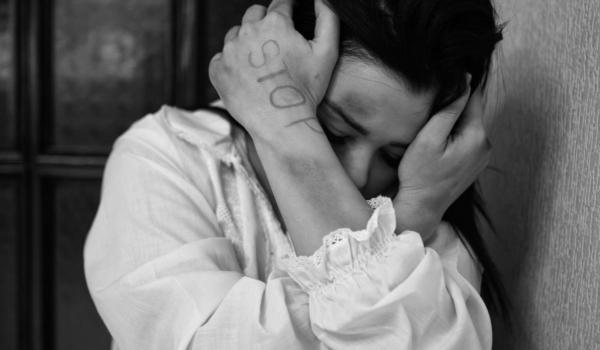 In Bayreuth wurde eine 18-jährige Frau sexuell belästigt. Symbolbild: Pixabay