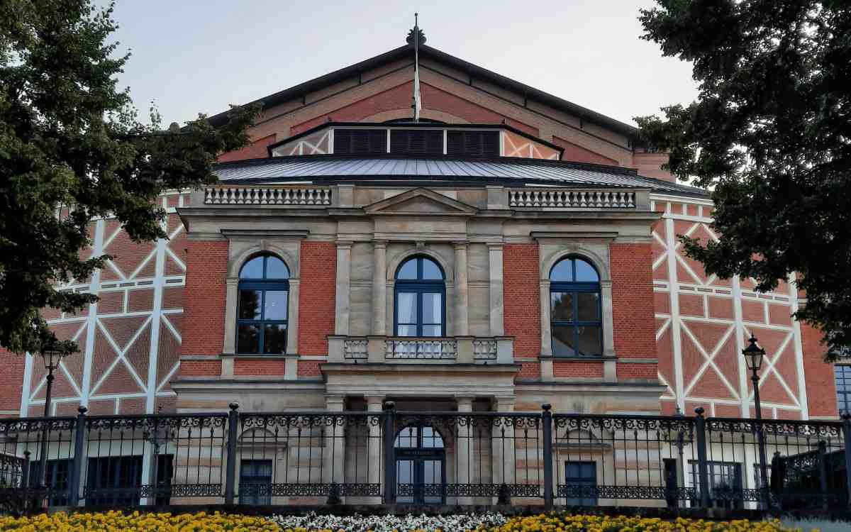 Das Festspielhaus in Bayreuth. Bild: Jürgen Lenkeit