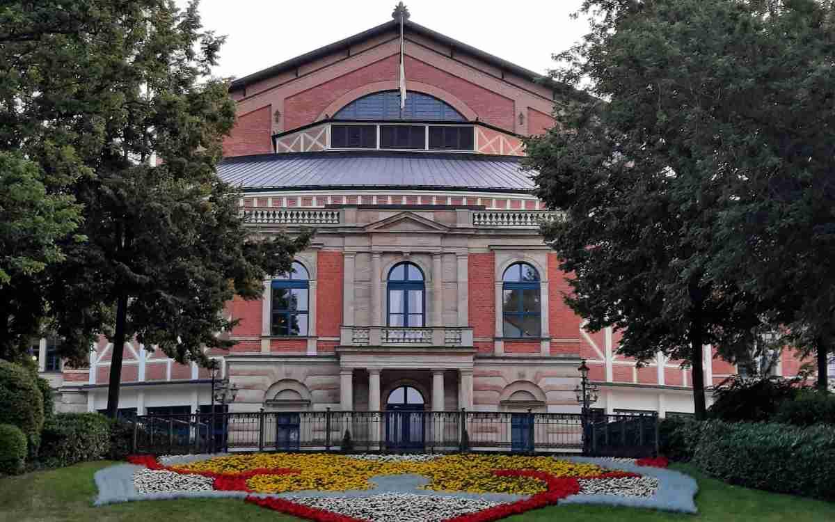 Film über Bayreuth im Kino: eine Dokumentation geht ab Ende Oktober der Frage nach, warum Richard Wagner ausgerechnet in Bayreuth landete. Bild: Jürgen Lenkeit