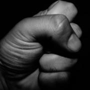 Ein 58-jähriger Mann soll in Kulmbach in Oberfranken von Jugendlichen niedergeschlagen worden sein. Symbolbild: Pixabay