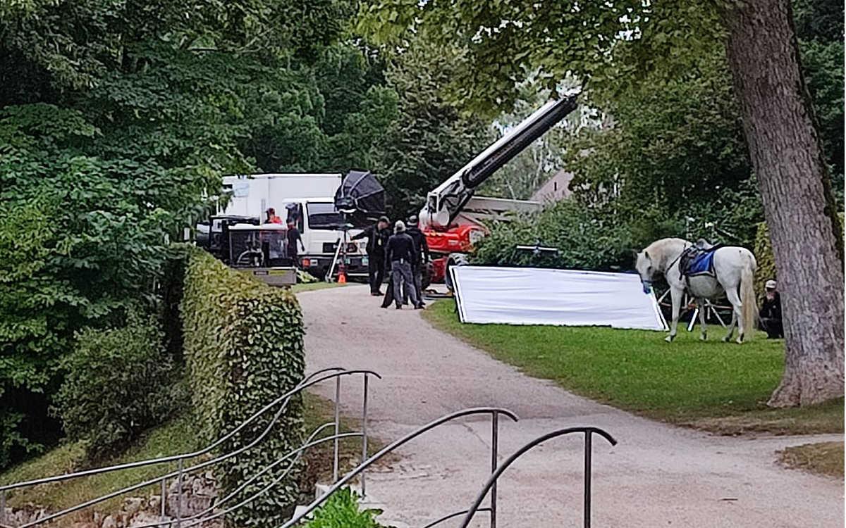 Dreharbeiten am Schloss Fantaisie im Kreis Bayreuth. Foto: Inge Birner / Facebook
