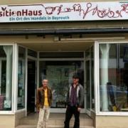 Das TransitionHaus in Bayreuth: Inge Zerrener-Fritzsche und David Kienle wollen mit ihrem Ort der Begegnung einen zu einem Wertewandel in der Stadt beitragen. Bild: Jürgen Lenkeit