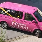 Das Auto der Fernsehsendung Shopping Queen wurde von Anwohnern in Bayreuth entdeckt. Foto: Nadine Veit (privat)