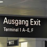 Bayern verfügt über zwei sehr große Airports und einige kleine Vertreter. Für ein großes Flächenland ist dies jedoch nicht sonderlich viel. Bildquelle: @ Waldemar Brandt / Unsplash.com