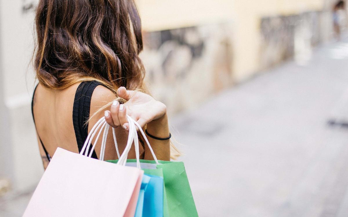 Bei einer Shopping-Aktion im Rotmain-Center in Bayreuth gibt es eine Woche lang VIP-Gutscheine und Rabatte. Symbolbild: Pixabay