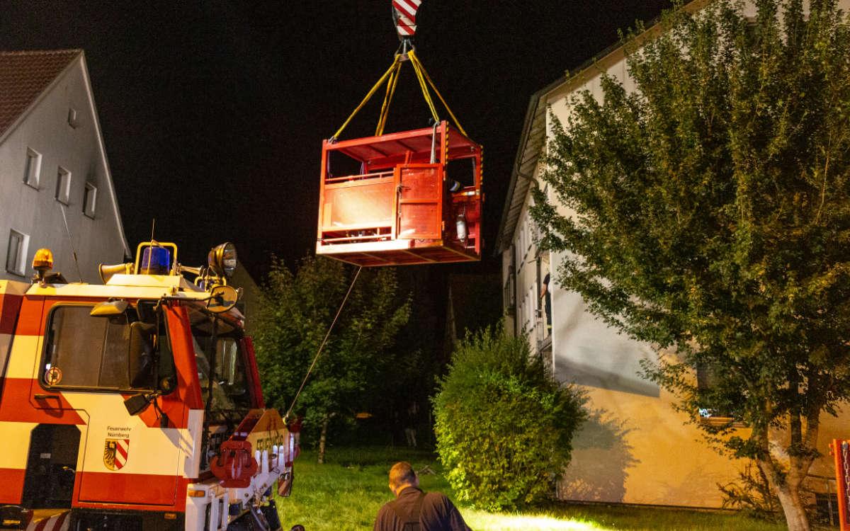 Spektakuläre Rettung in Neustadt bei Coburg. Foto: Merzbach / News5
