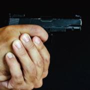 Ein Taxifahrer ist in Bayreuth mit vorgehaltener Pistole ausgeraubt worden. Nun gibt es einen Tatverdächtigen. Symbolbild: Pixabay