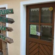 Der Gerstenhofladen in Flössen in Speichersdorf lädt mit regionalen Produkten ein. Bild: Michael Kind